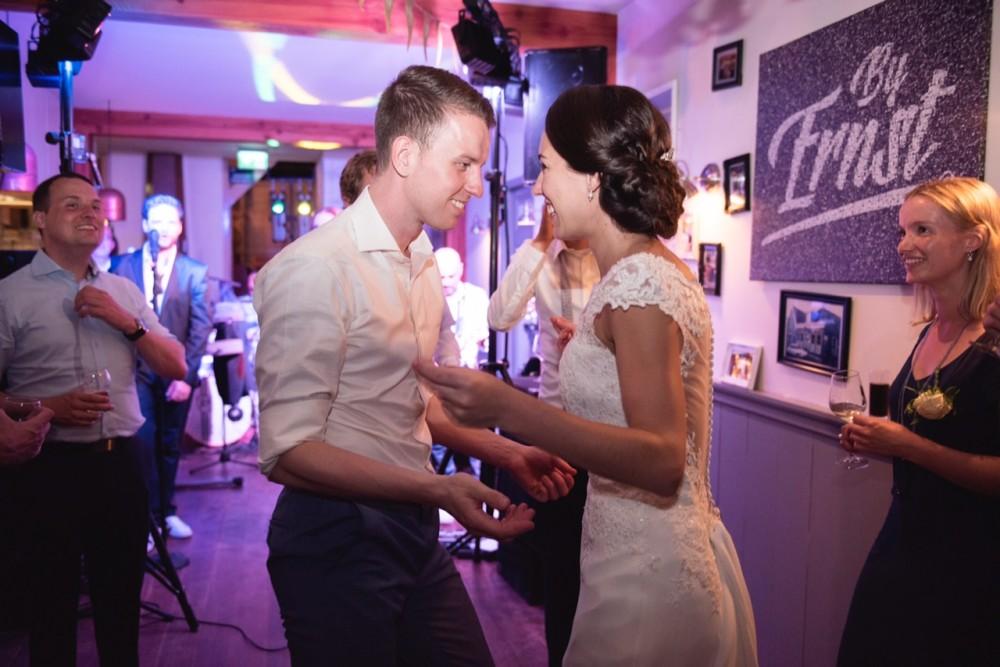 Bruiloft Bij Ernst: Feest